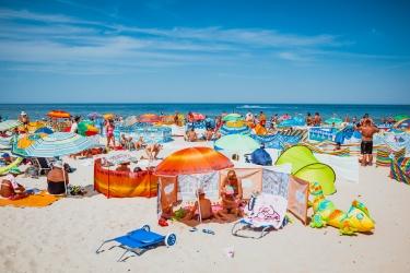 Zdjęcie główne #56 - Plaża, upał, choroba – jak uniknąć tego scenariusza? Praktyczne rady