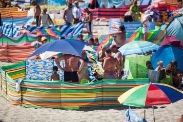 Zdjęcie główne #57 - Czy można grillować na plaży? Przepisy a kultura i zdrowy rozsądek