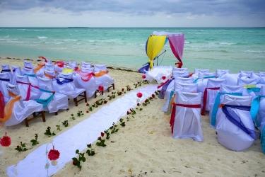 Zdjęcie główne #58 - Ślub na plaży? 5 rzeczy, które musisz wcześniej załatwić