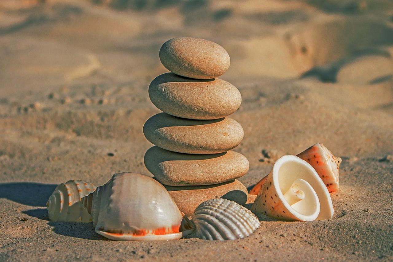 Zdjęcie główne #71 - Praca na plaży to Twoje marzenie? Sprawdź, jakie zawody są mile widziane!