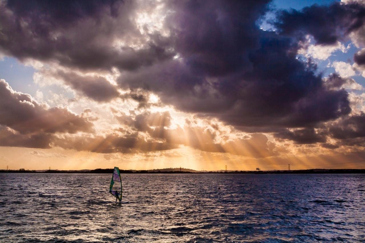 Zdjęcie główne #79 - Jak zacząć przygodę z windsurfingiem? 5 prostych porad